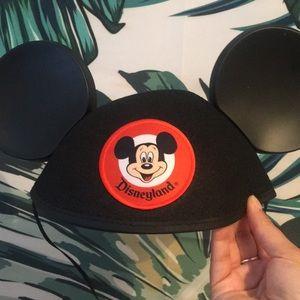 Disneyland Disney Parks black hat ears, adult size